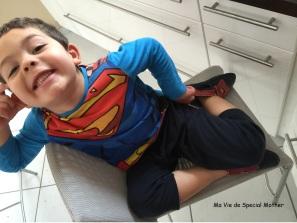 la pose en super héros